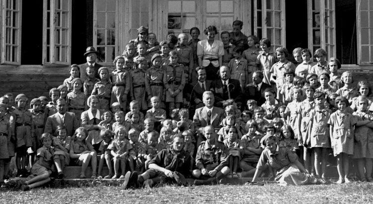 historia wyjazdów na kolonie i obozy letnie